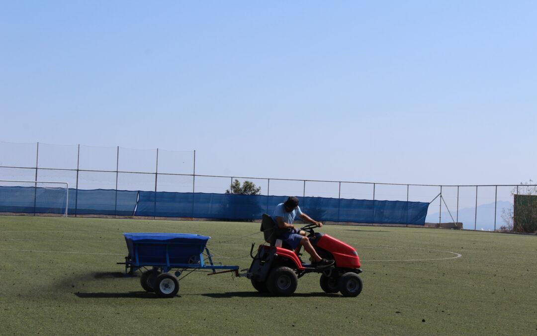 Εργασίες Συντήρησης Τεχνητού Χλοοτάπητα στα γήπεδα μας
